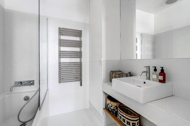 10 astuces pro pour optimiser une petite salle de bain | Sweet Home ...